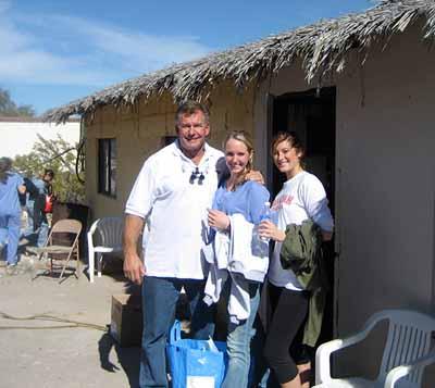 Bakersfield Woolf Dental team during community service for Aero Medico
